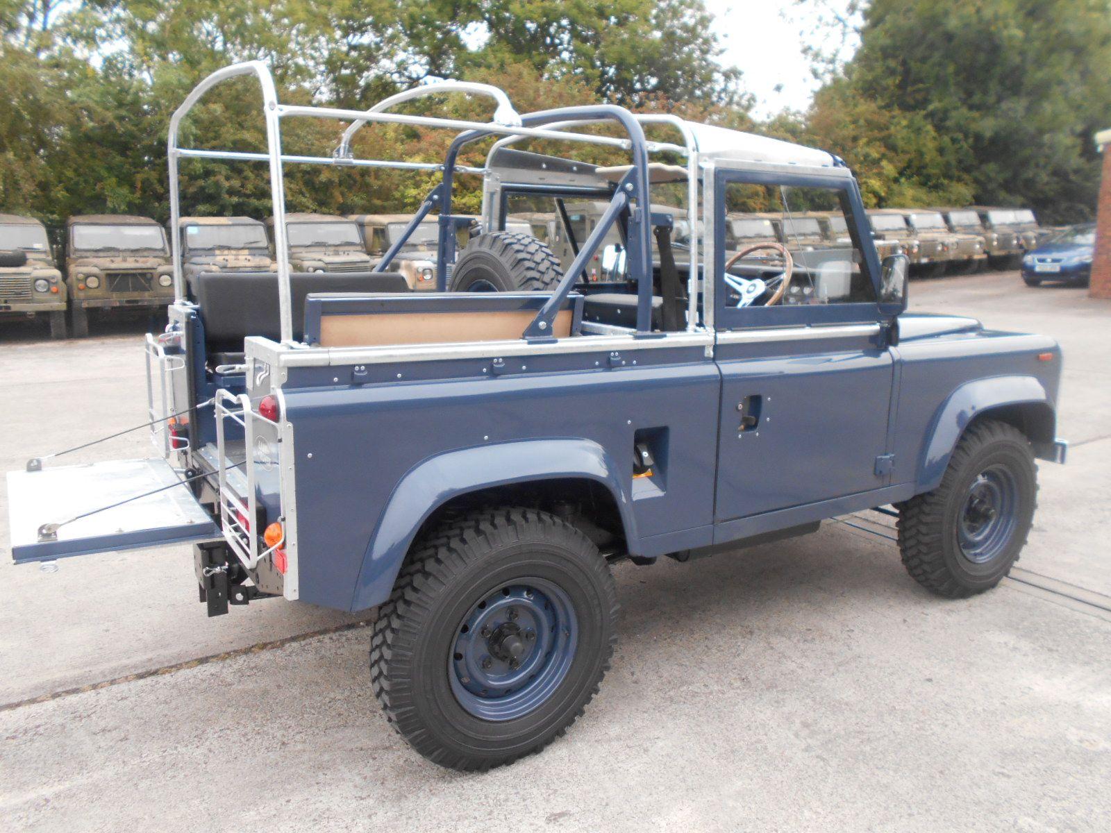 Afbeeldingsresultaat voor land rover defender LHD ex mod for sale