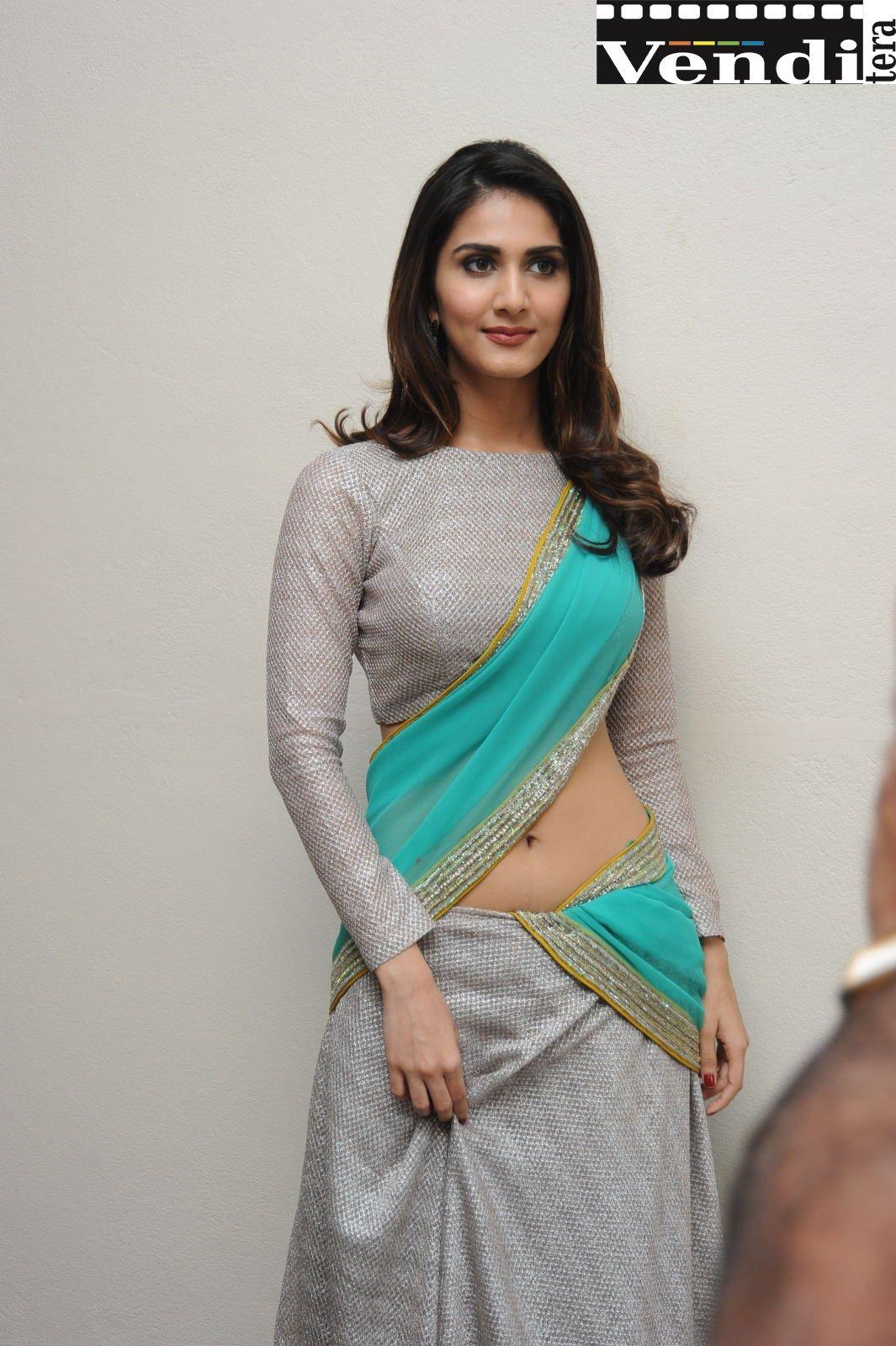 Vani Kapoor Telugu Actress Stunning Navel Show http