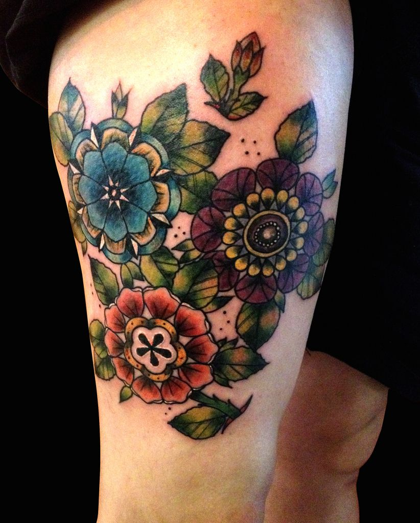 Neo Traditional Flowers by Ollie T2 Kaleidoscope tattoo