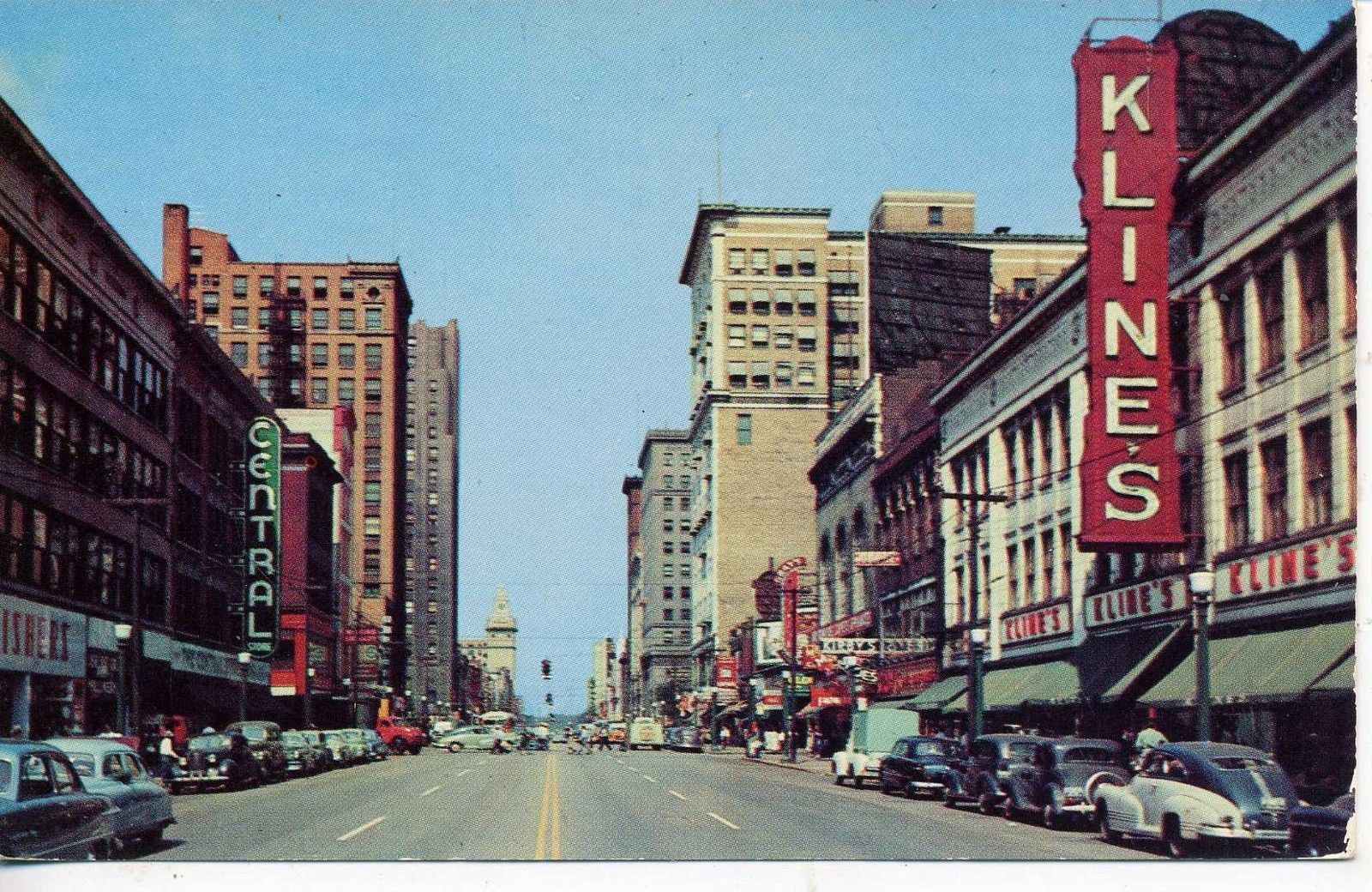YOUNGSTOWN OHIO 1940's CARS DOWNTOWN STREET SCENE VINTAGE