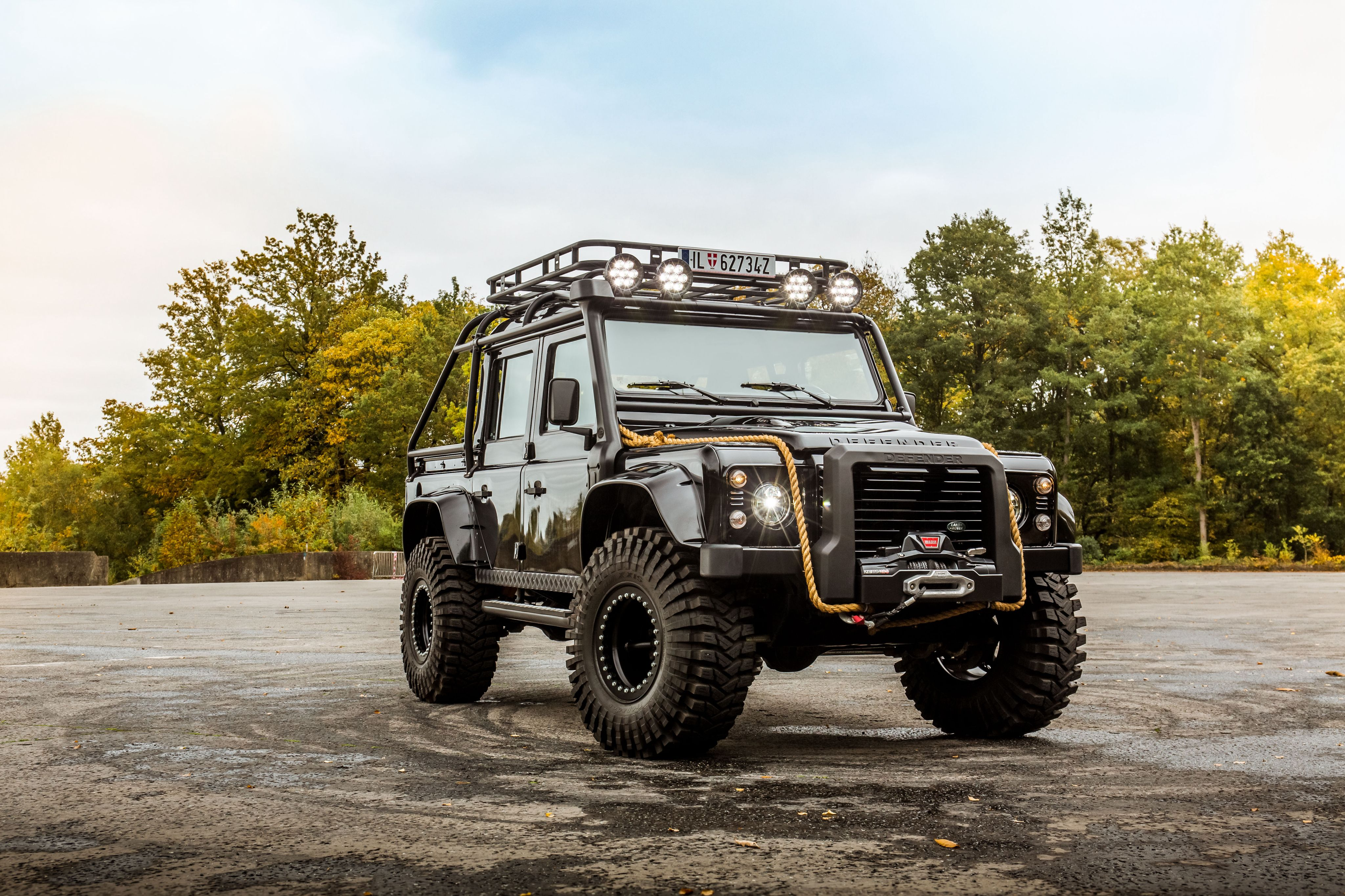 """Land Rover Defender 110 """"007 Spectre"""" '2015 Land Rovers"""