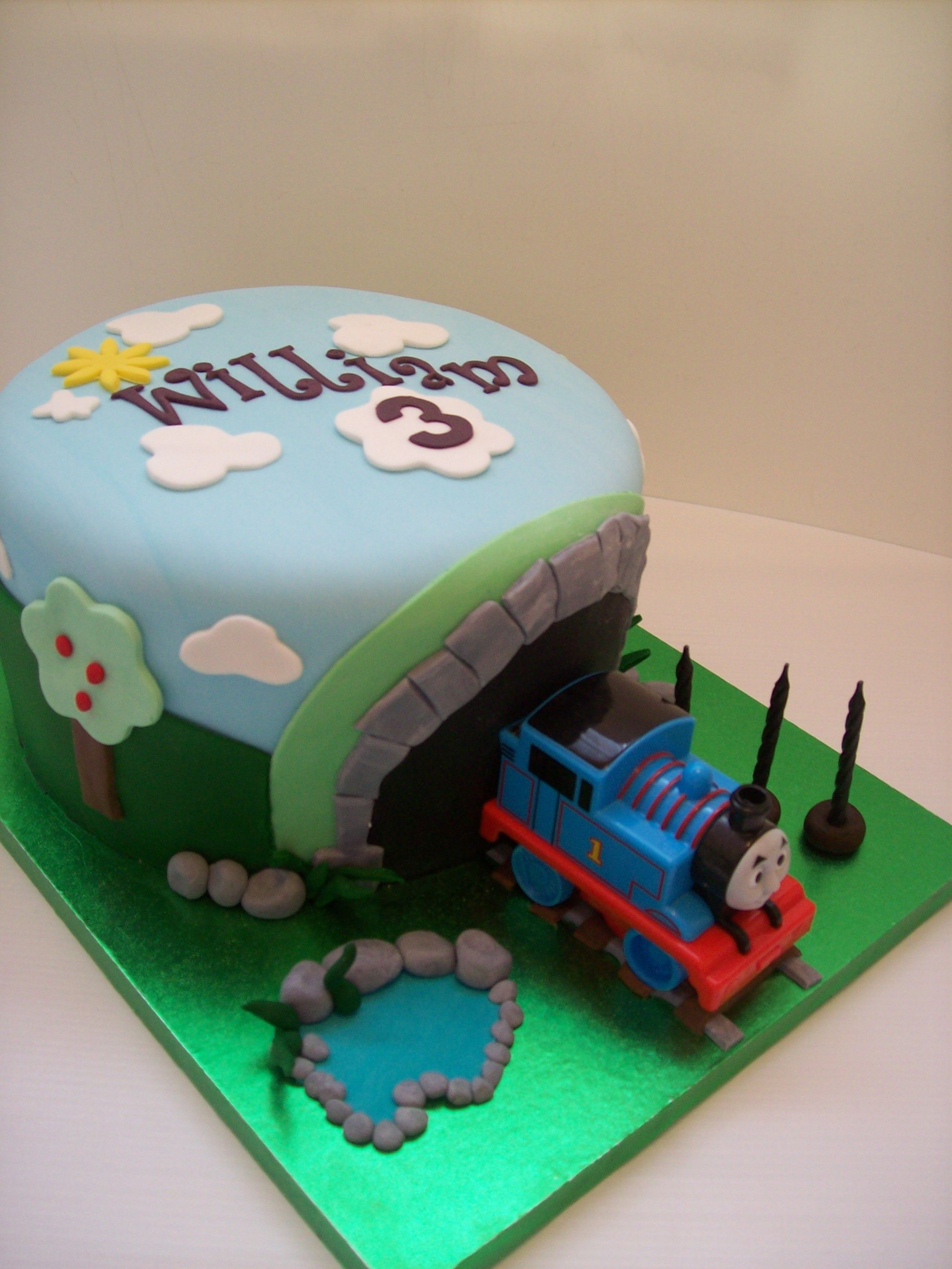 Thomas The Tank Engine Cake Auckland 249 Figurines