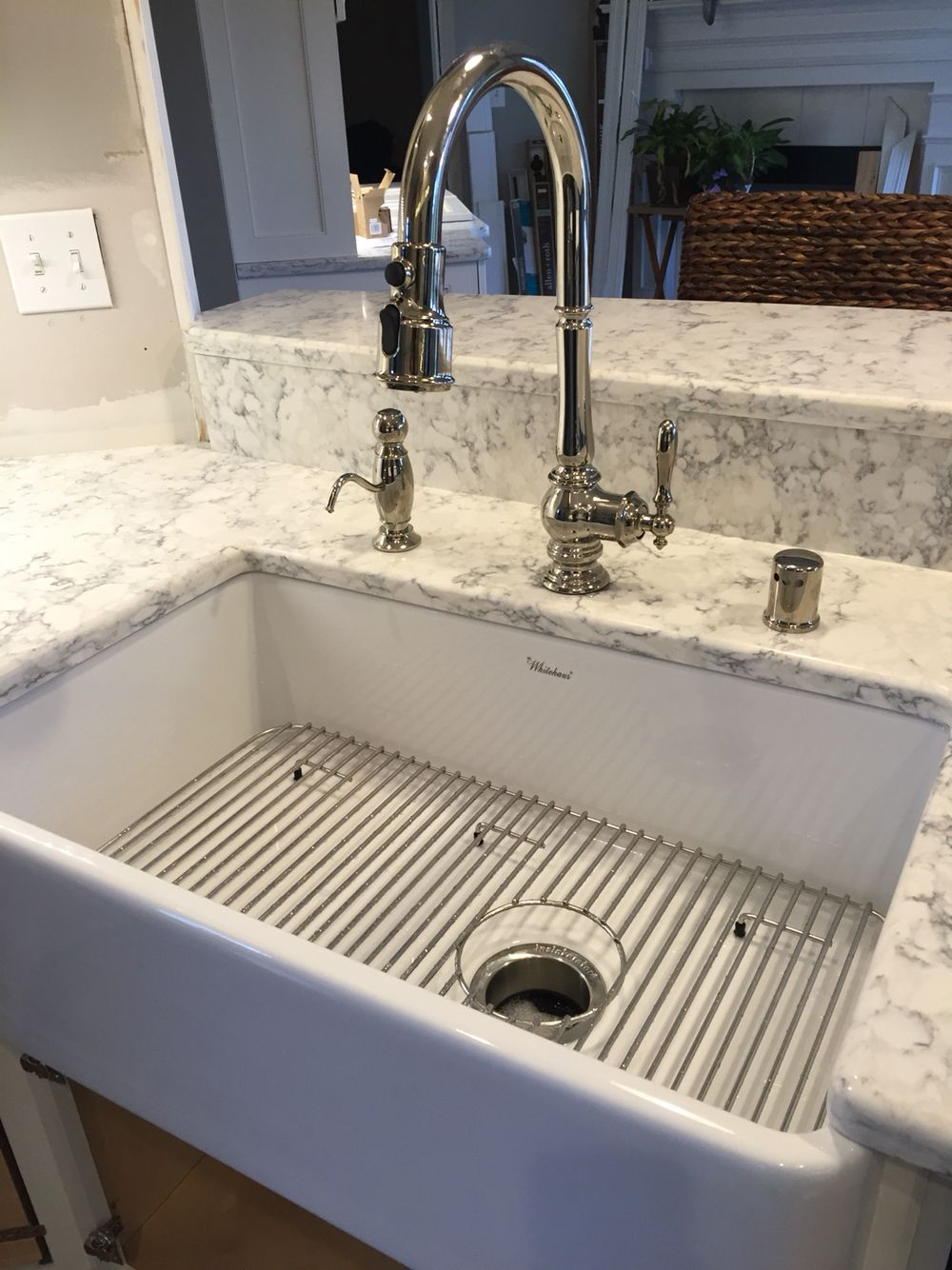 Kohler Artifacts Faucet w/ Whitehaus Farmhouse Sink Mom