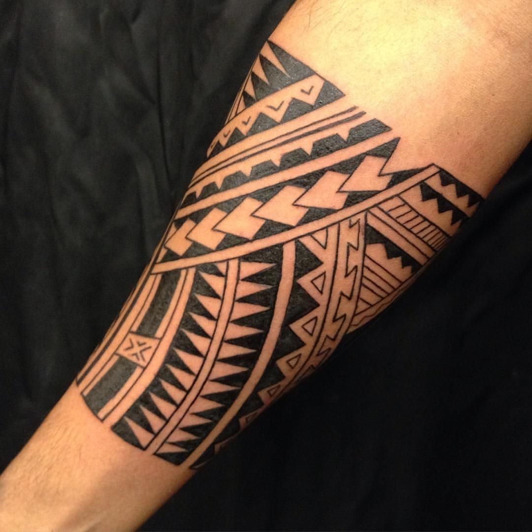 Todays session freehand polynesian style forearm band
