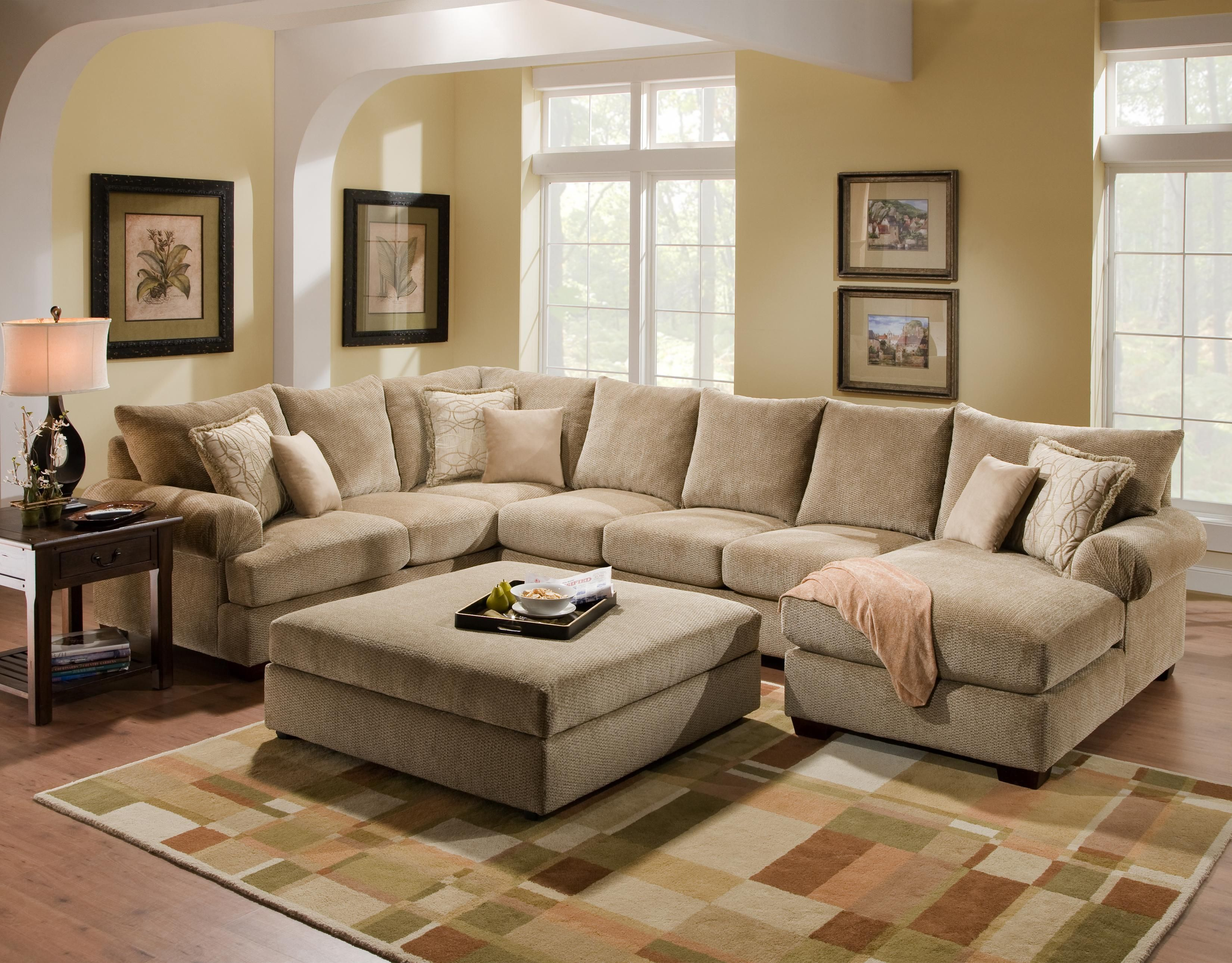 4510 Casual Sectional Sofa Group With Chaise By Corinthian