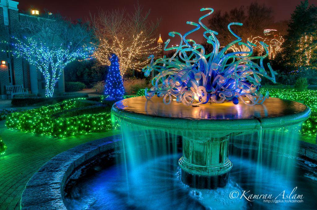 atlantabotanicalgardenwaterfountainatnightlights