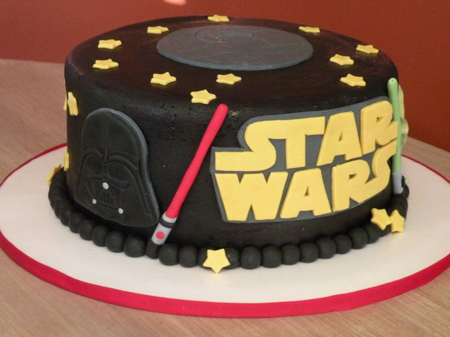 Star Wars Cake By Cakechickdani Cakesdecor Com Cake