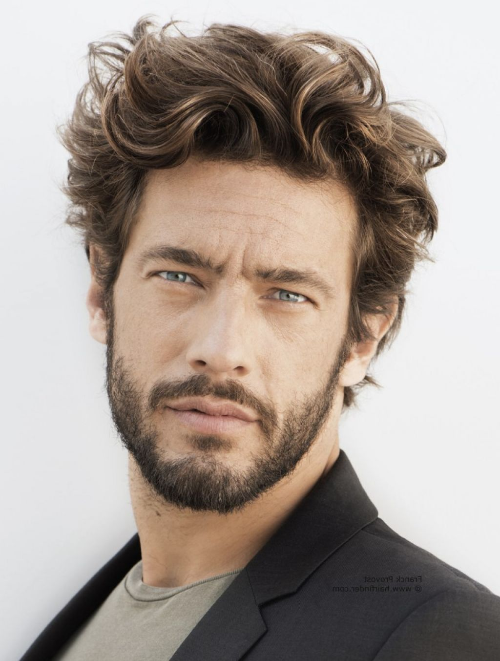 Beard Styles For Men with Curly Hair MEN'S HAIRSTYLES