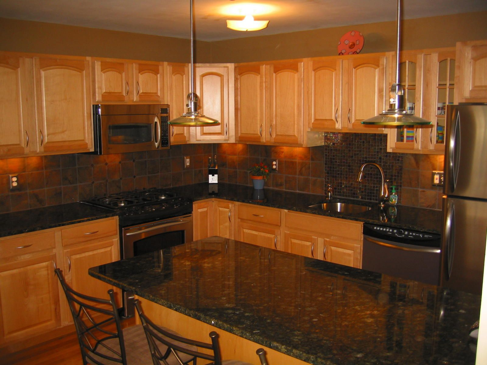 - Kitchen Backsplash Ideas With Uba Tuba Granite Countertops