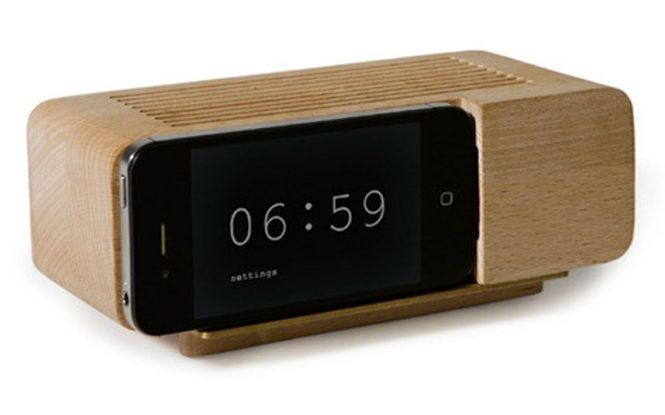 Iphone Holder Creating A Nice Fusion To Clic Alarm Clock Design Bedside Google Search