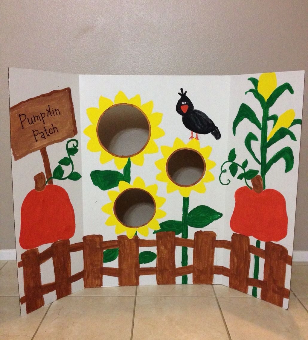 Diy Fall Festival Bean Bag Toss Game By Painting A Trifold Display Board