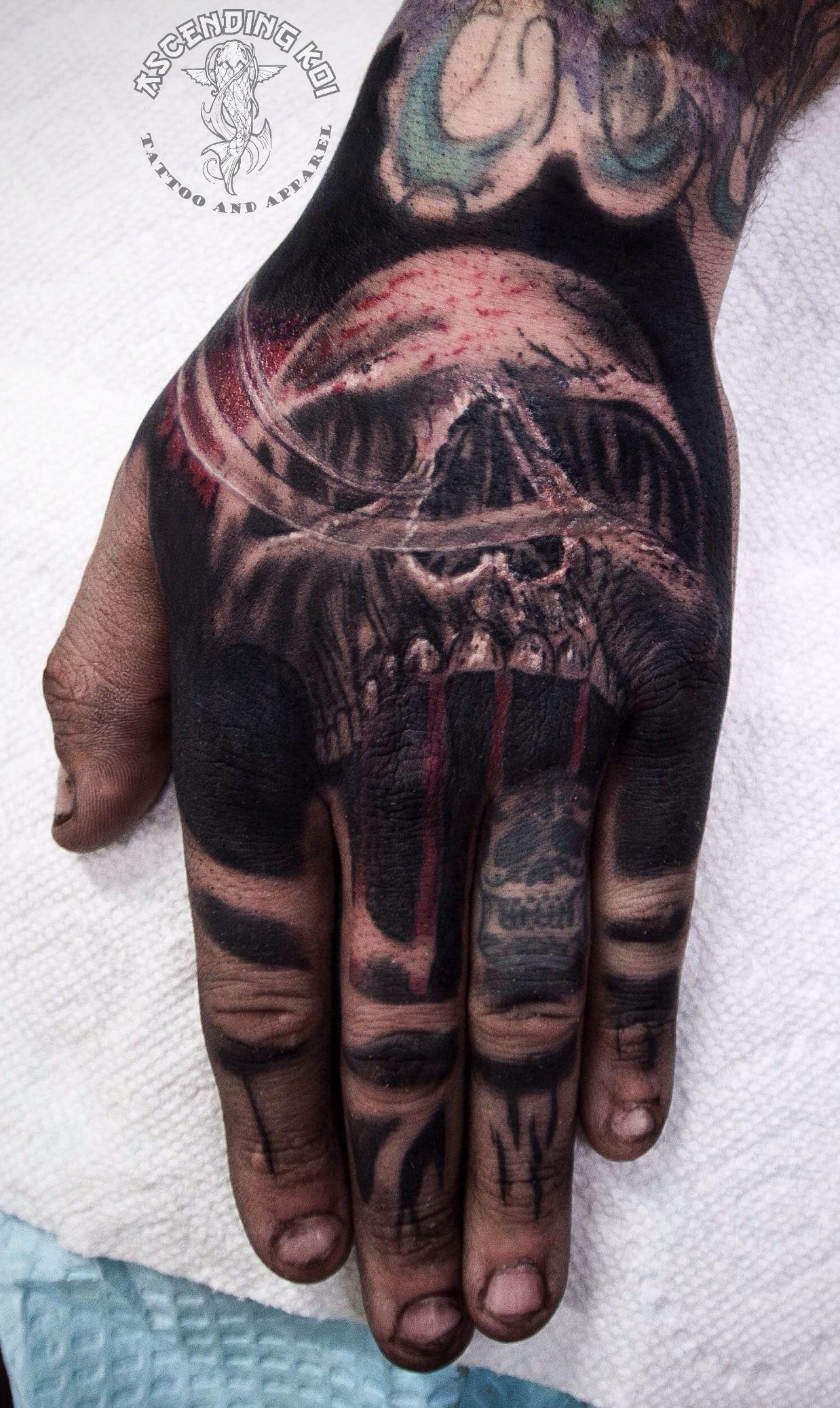 Skull hand tattoo done by Yvonne Koprnicky ascendingkoi