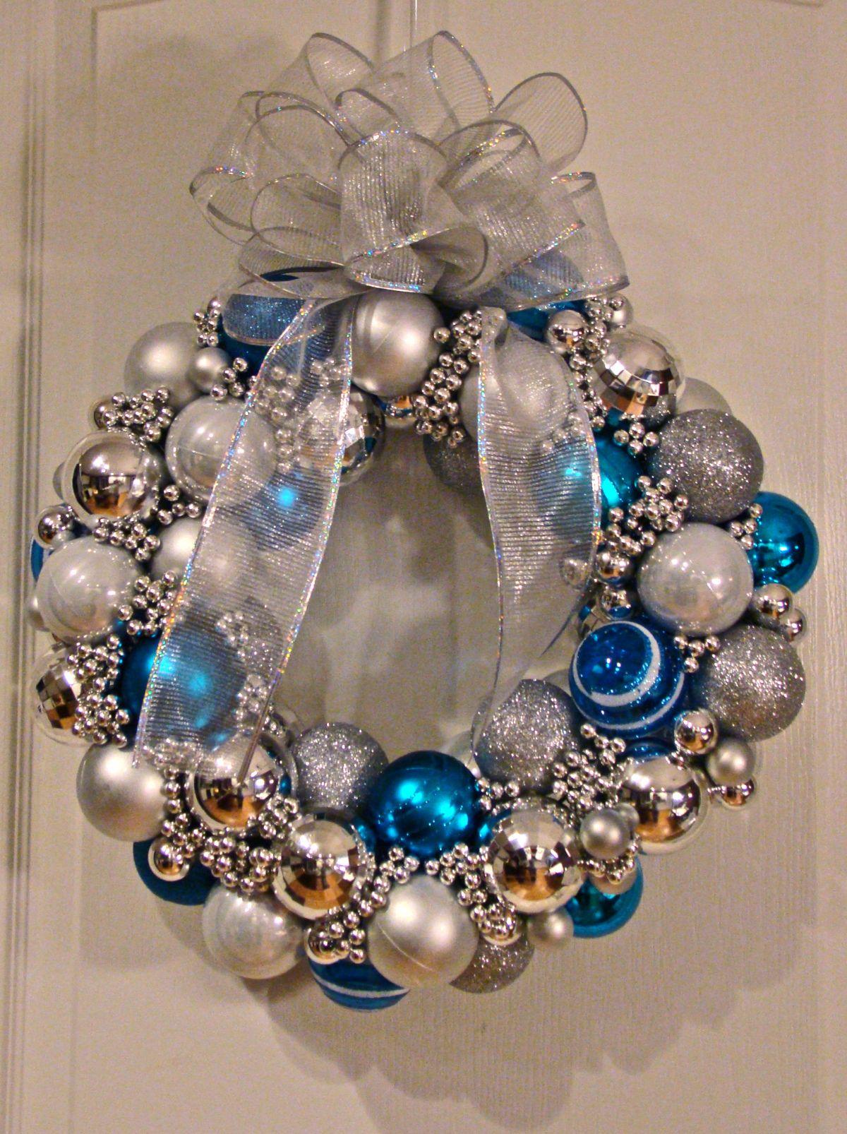 Christmas Ball Wreath…TUTORIAL! Wreaths, Ornament and