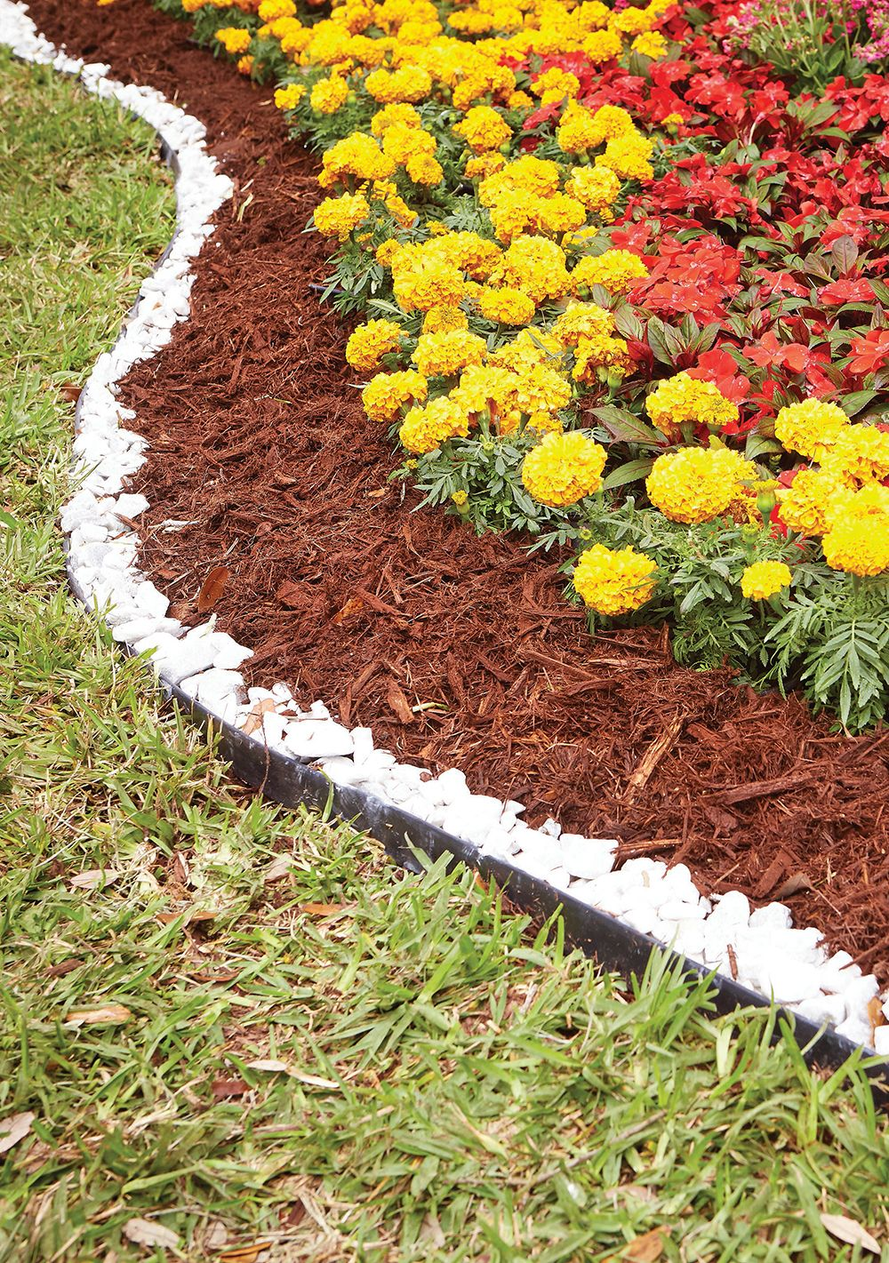 Use our online mulch calculator to be sure you're getting