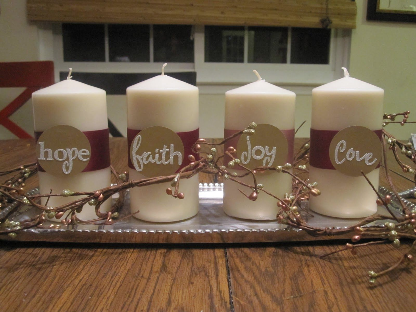 Simple Advent Wreath Don't to add one candle for