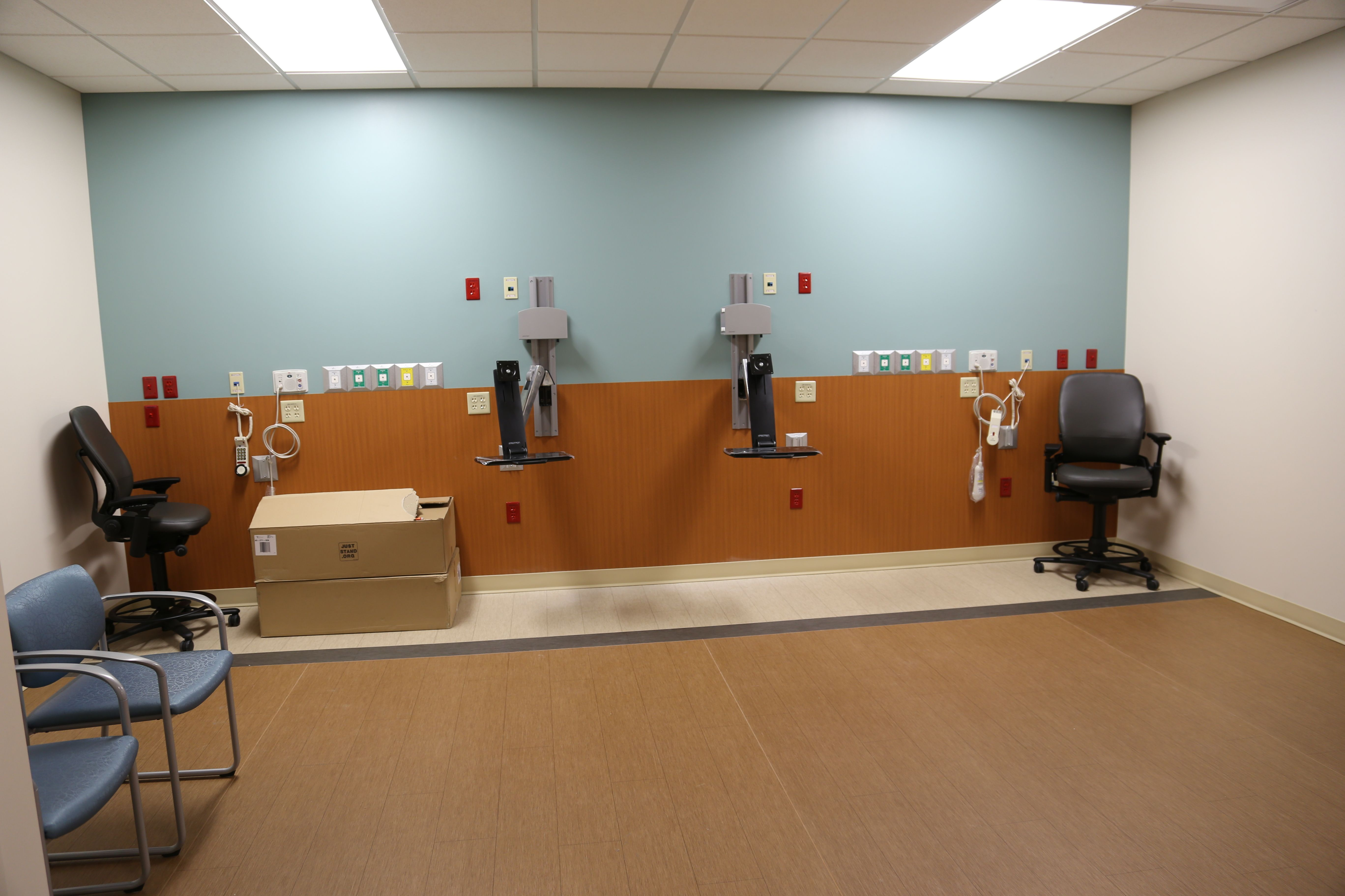 Inwall gases in PACU Bays at Mayo Clinic Health System