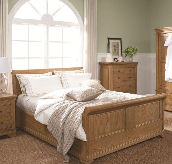 Livingstone Traditional Oak Bedroom Lounge Dining Furniture