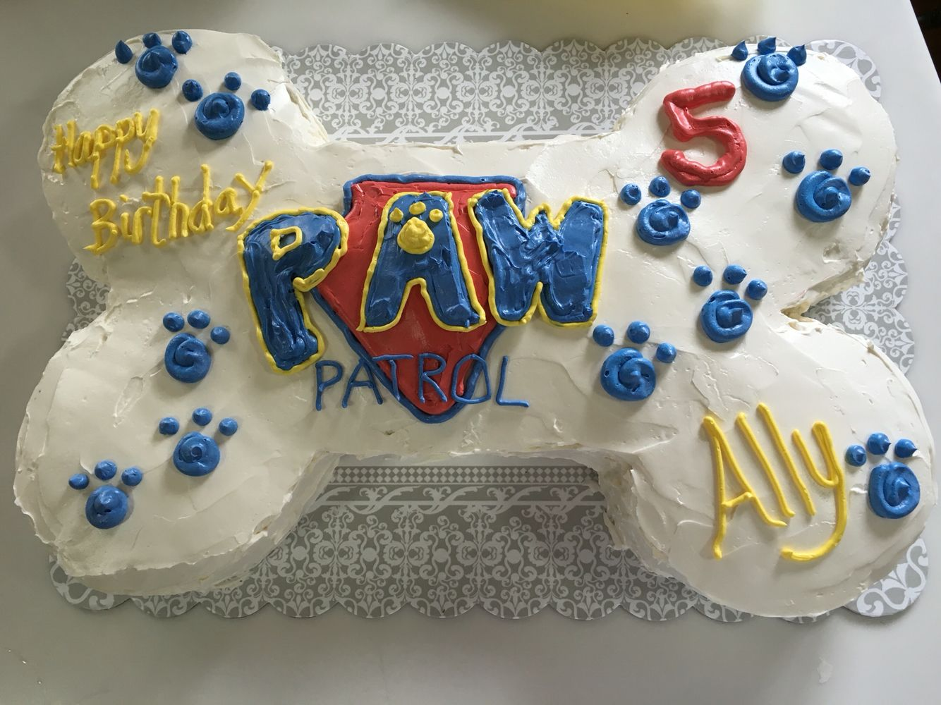 Diy Paw Patrol Bone Cake Small Round Cakes For The Sides