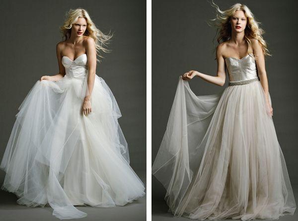 Tulle-wedding-dress-large-skirt-gorgeous