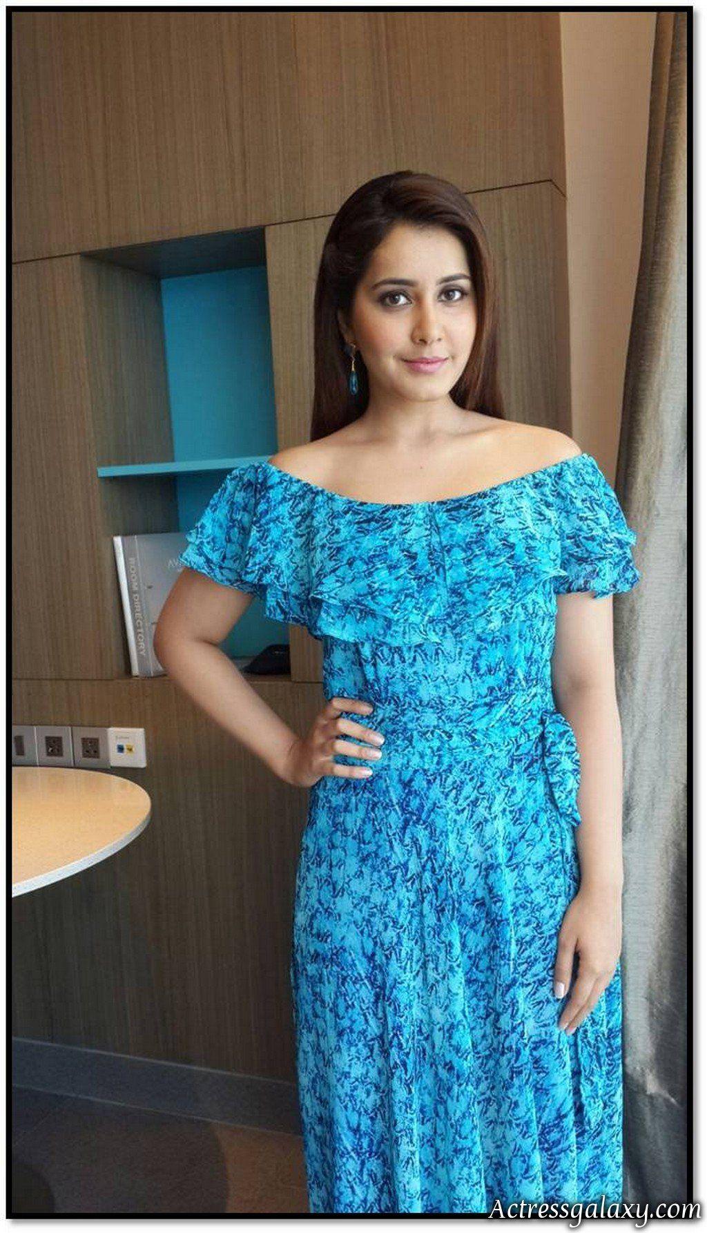 Actressgalaxy Rashi Khanna Latest Hot Cleavage