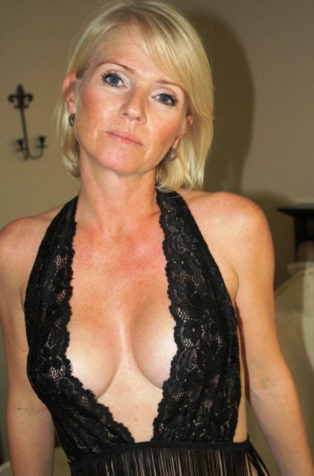 Top sexy MILF https://i2.wp.com/milf-dating.assinie.com   lowely