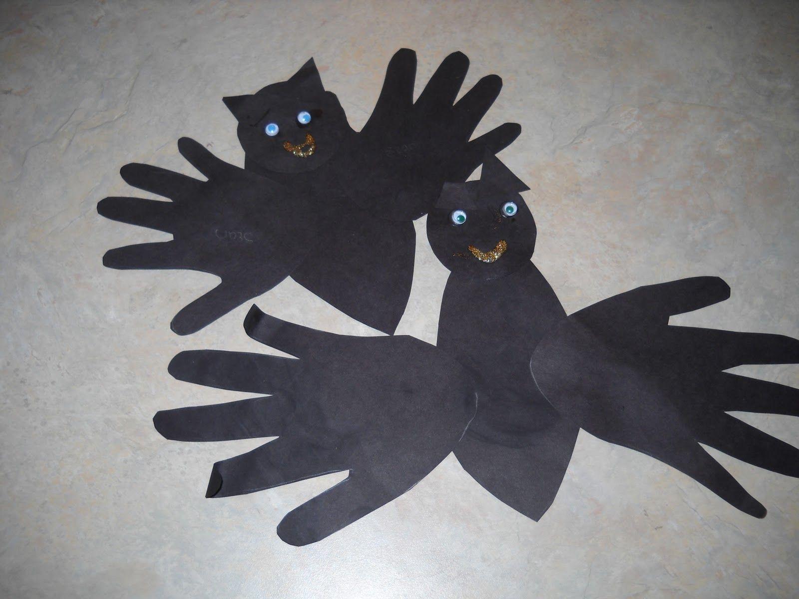 Handprint Bat Preschool Craft