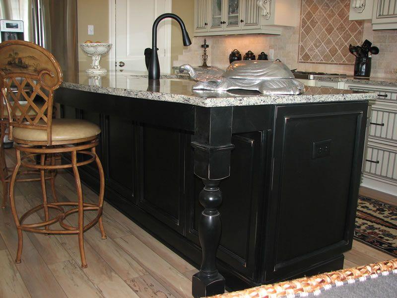 Kitchen Island Designs | Kitchen Islands Kitchen island ...