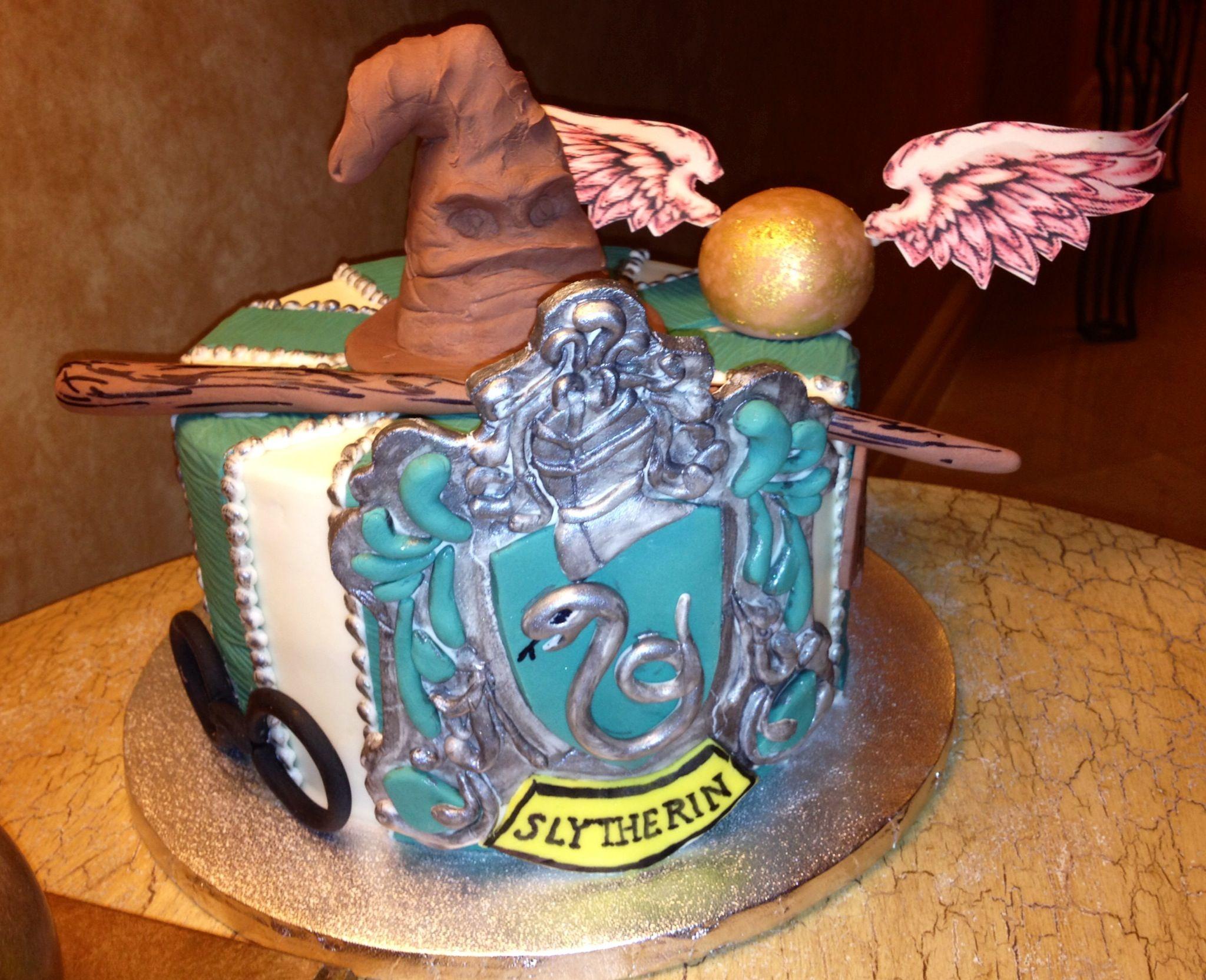 Slytherin cake made by my friend. HarryPotter Slytherin