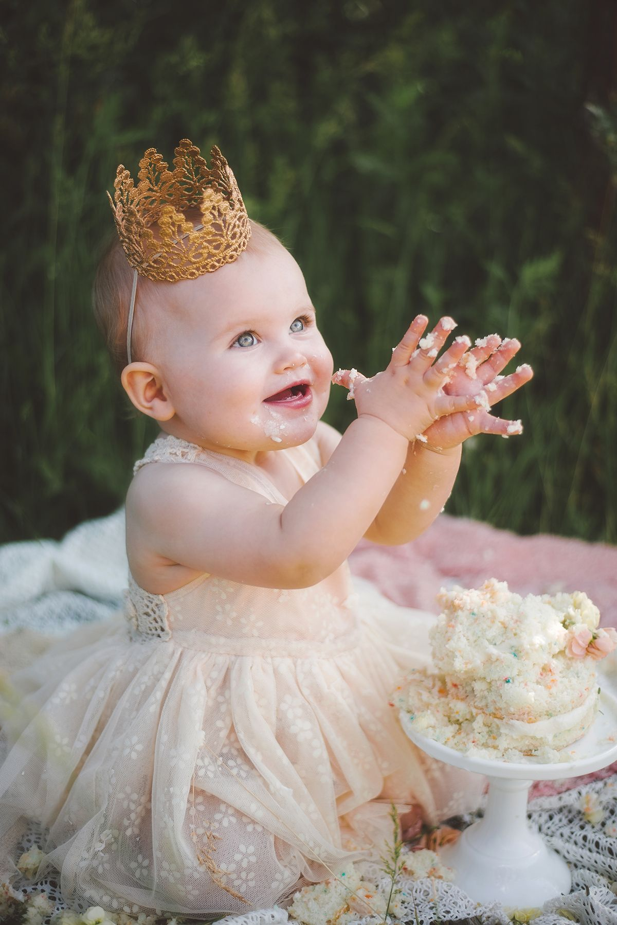 One Year Photo Shoot And Smash Cake Ideas Addison S First