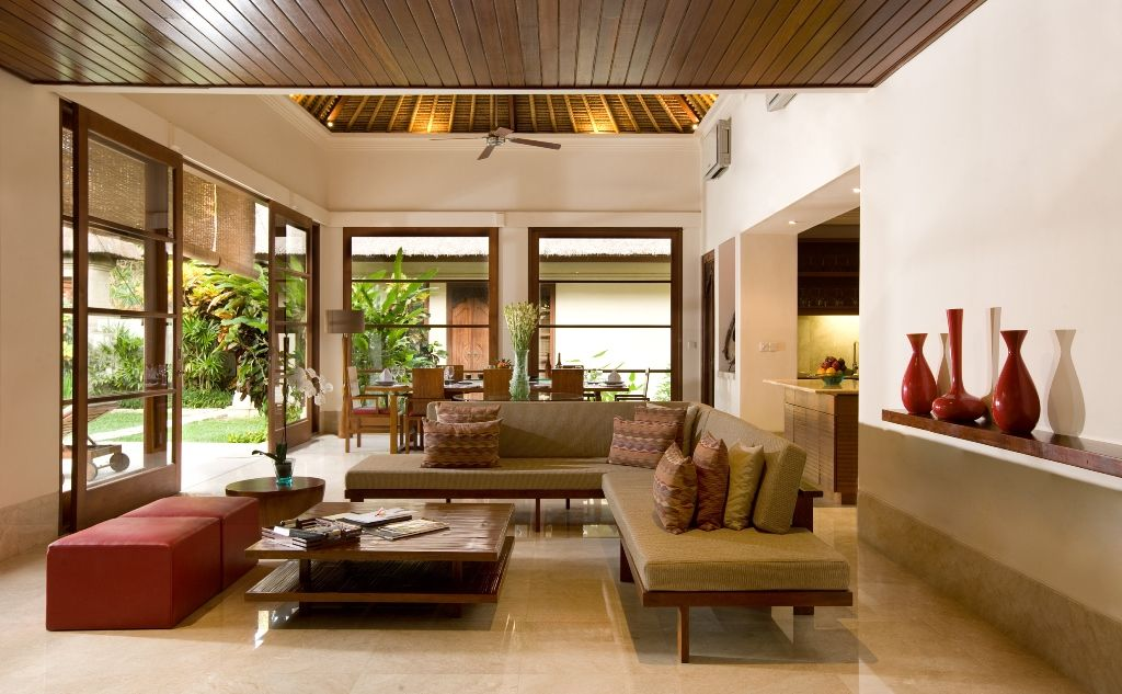 Indonesian Balinese Style Decor Clean and airy living