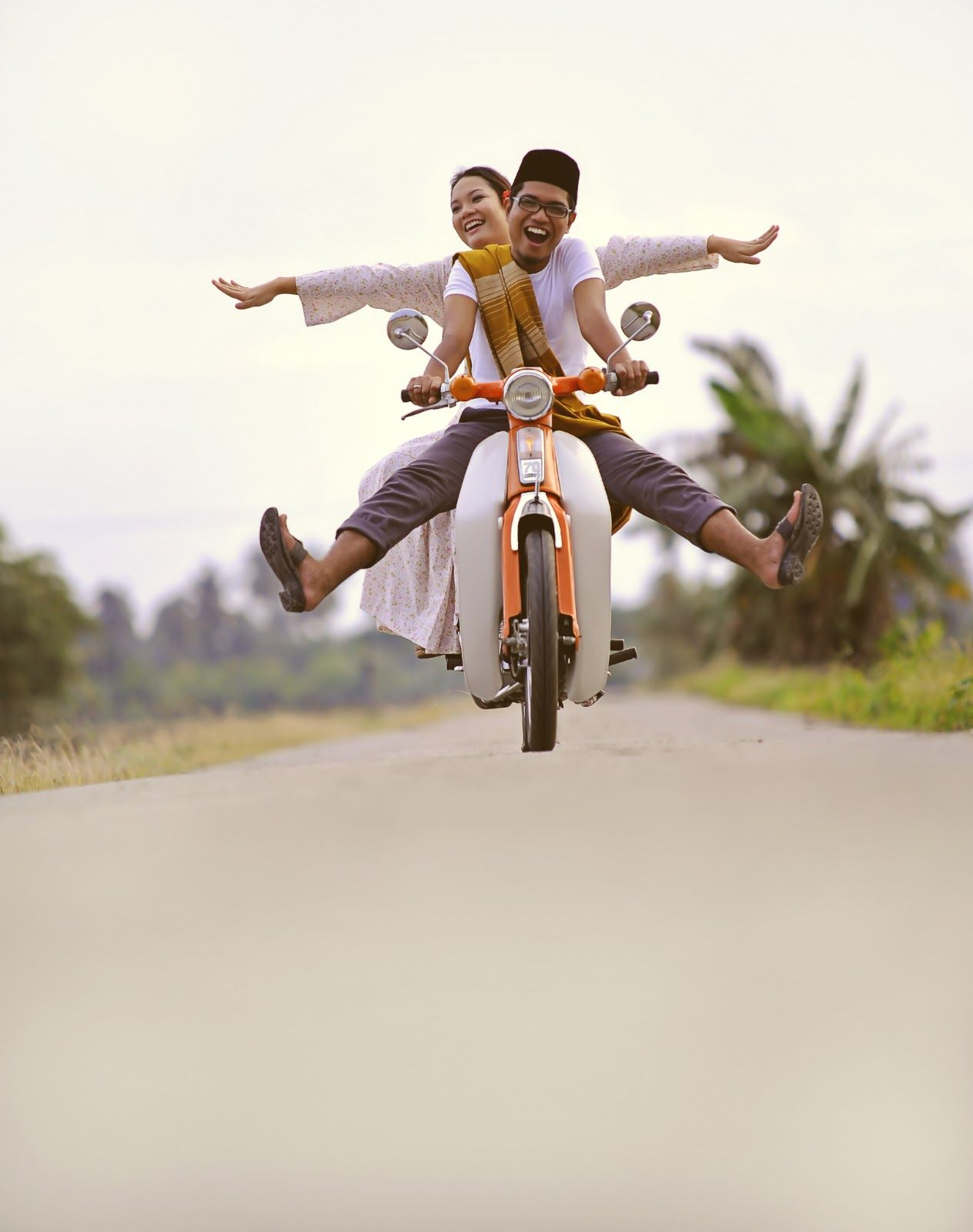 Indonesian oldies style pre wed photo Him & Her