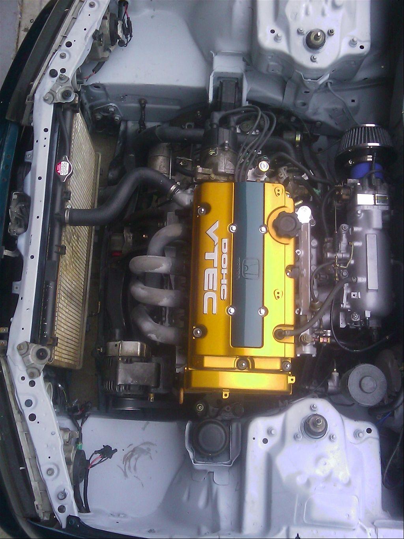 93 Honda Accord CB7 engine bay wire tuck. Super clean