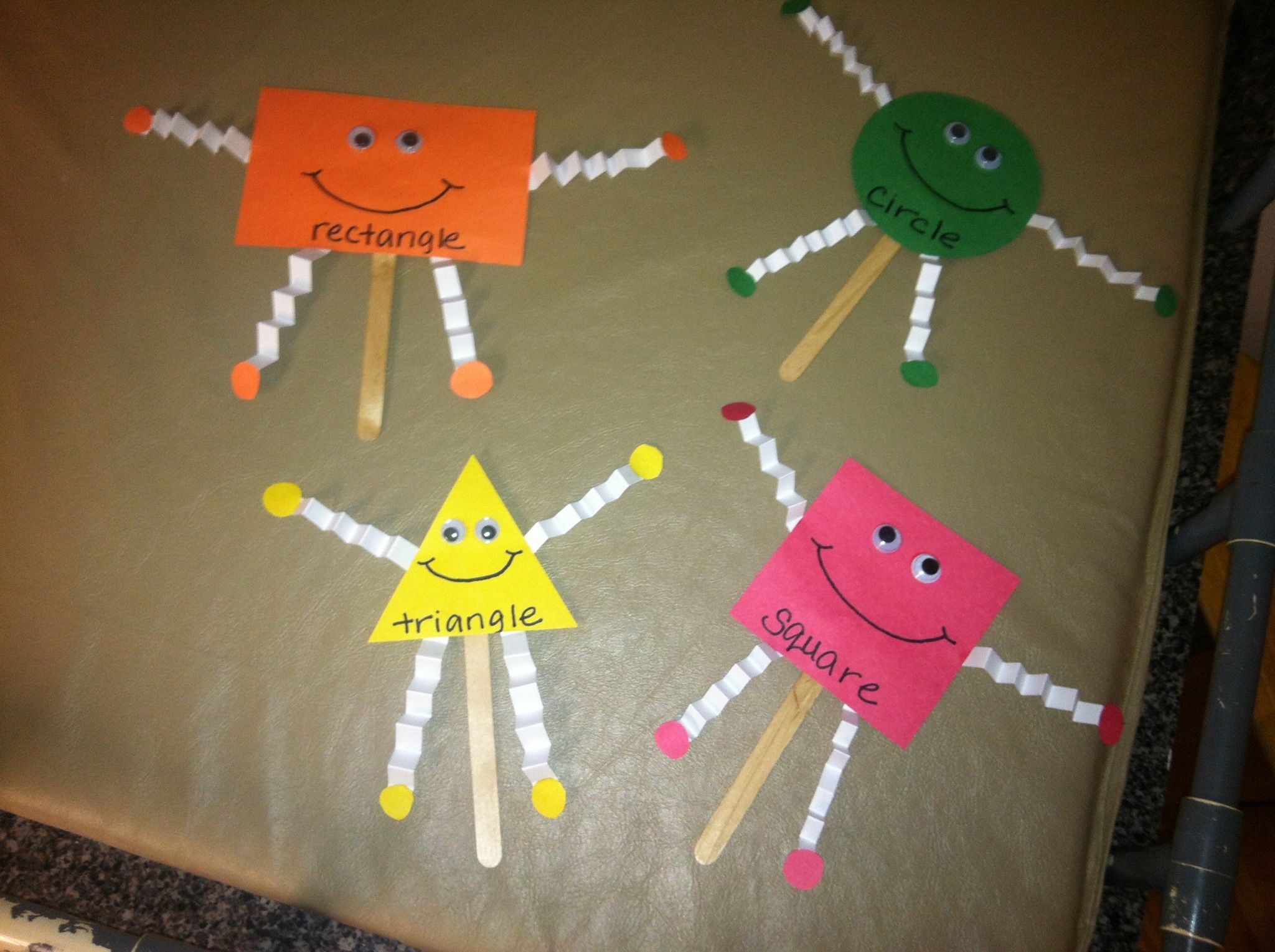 Shape Puppets Te For Preschool