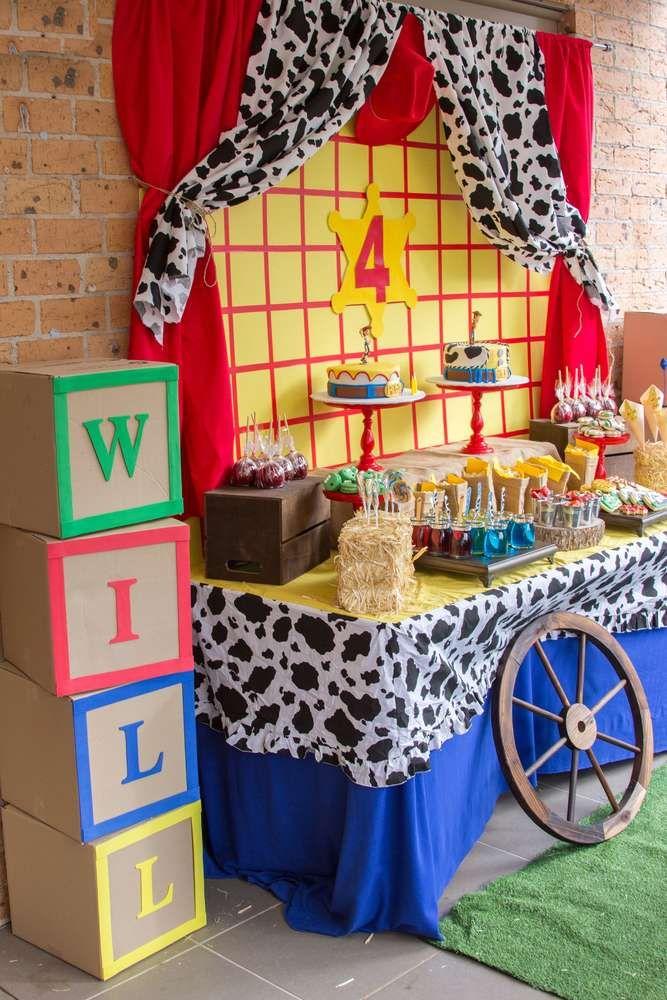 Toy Story / Cowboy & Cowgirl Birthday Party Ideas