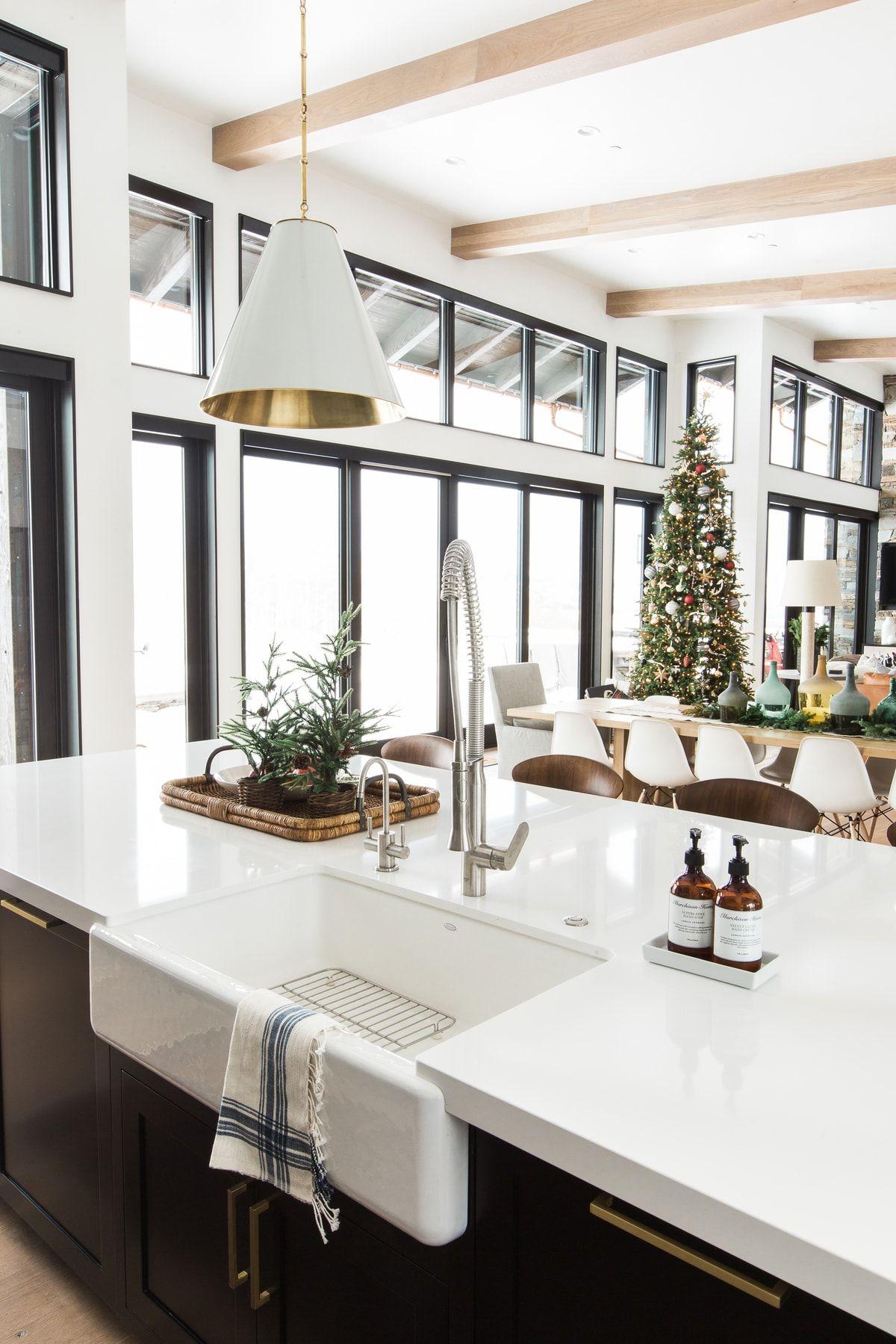 A Very Mountain Home Christmas Studio mcgee, Modern