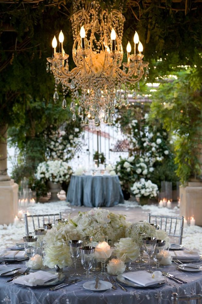 Wedding Details Roses In Chandeliers The Chandelier And Tablescapes