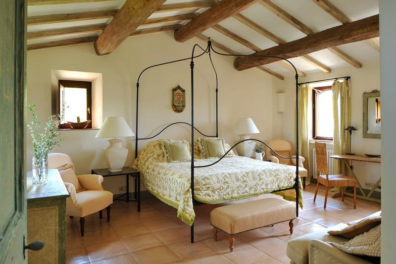 17th Century Restored Farmhouse In Italy