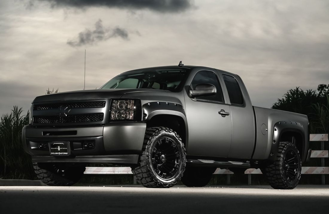 how much to wrap a truck matte black