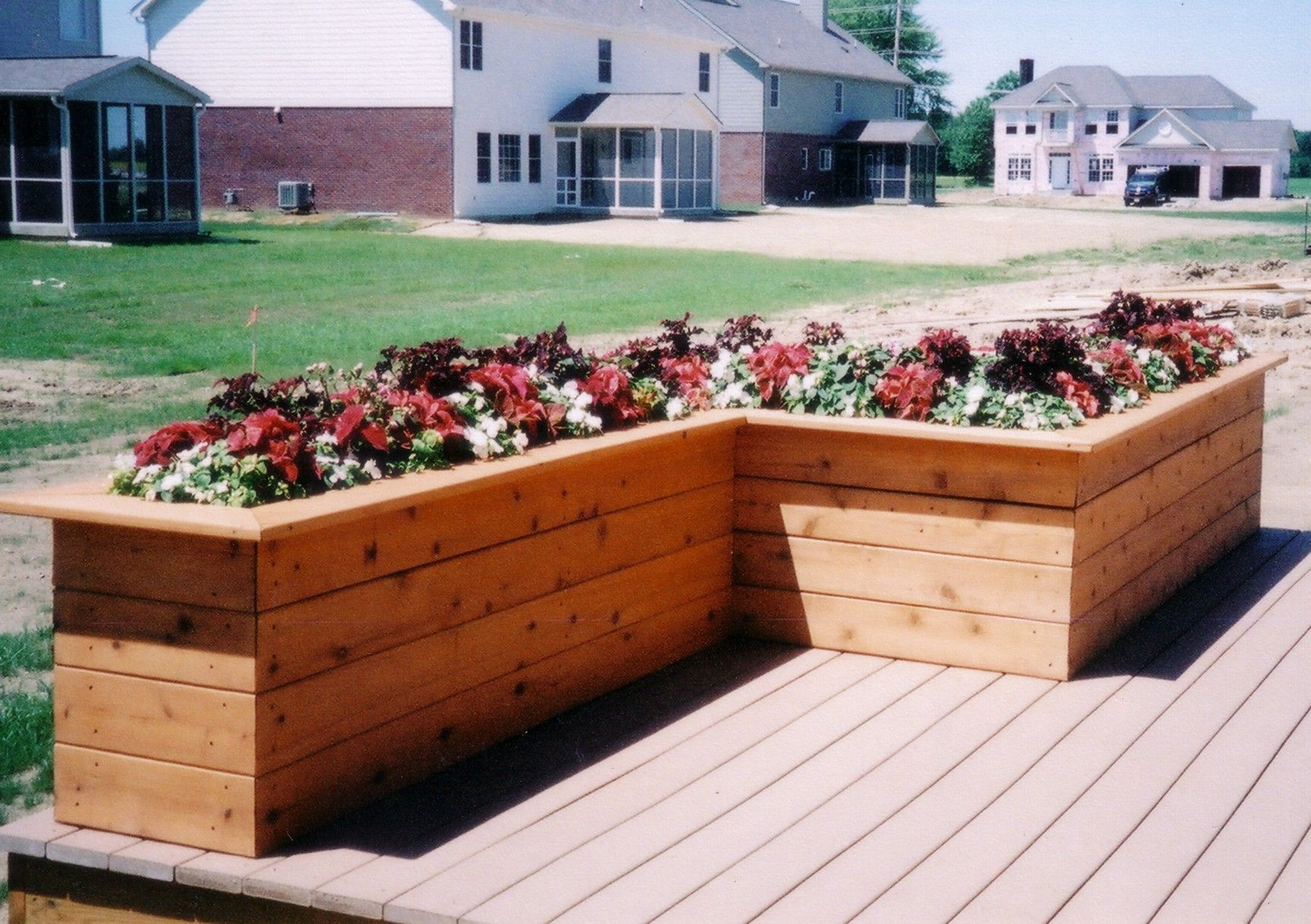 Could do Lshaped Bench Planter Box Projects Pinterest