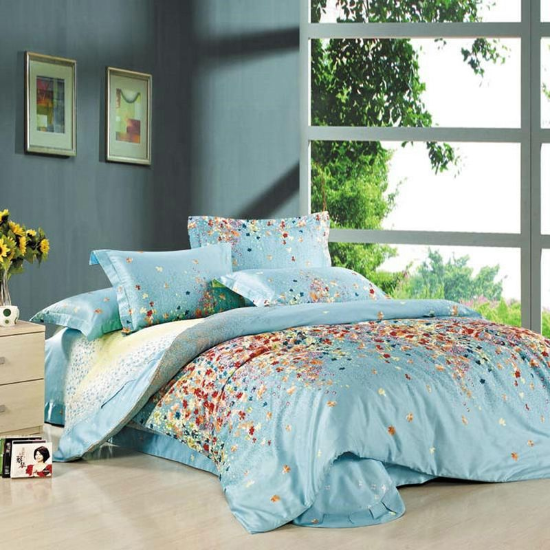 Blue Hawaiian Floral Print Full, Queen Size Bedding Sets