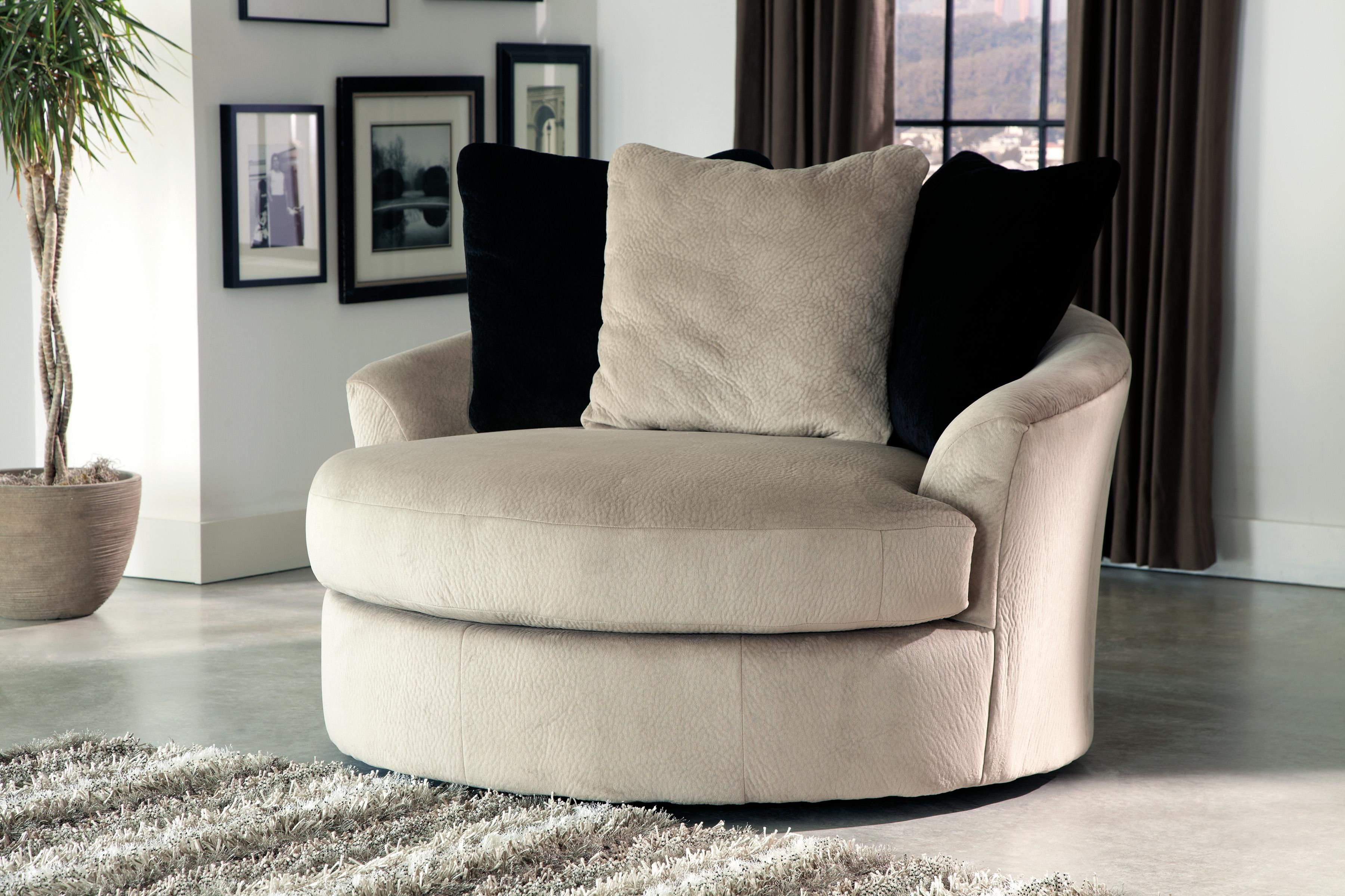 Heflin Oversized Swivel Accent Chair By Signature Design By Ashley Furniture At Samsfurniture