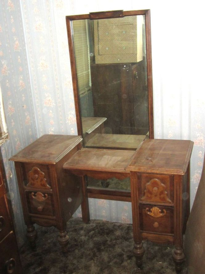 Antique Vintage 1800 S 1900 Yr Bedroom Vanity Makeup Table With Mirror