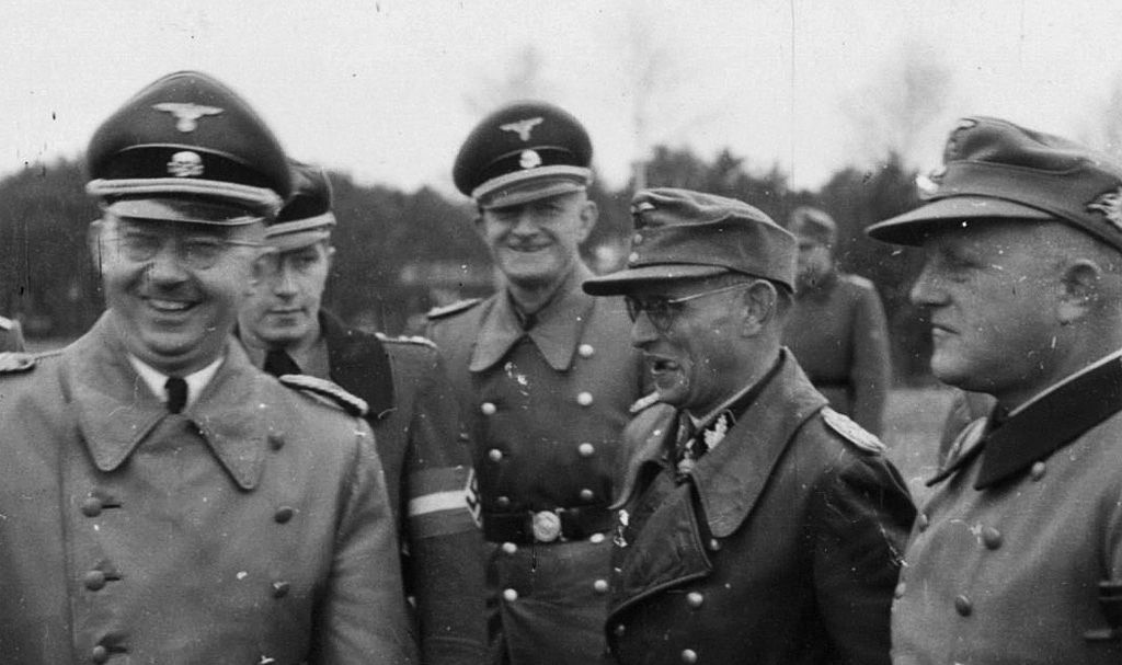 Himmler With Officer And Divisional Staff Of The Handschar