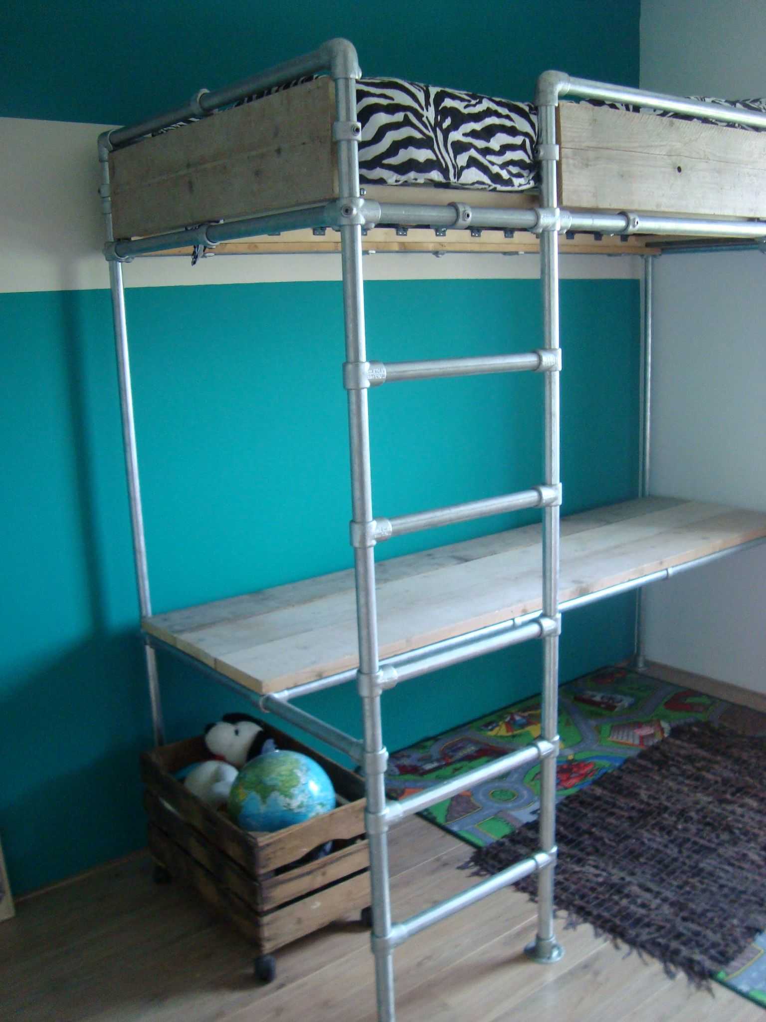 Loft bed and desk made with Kee Klamp fittings and pipe