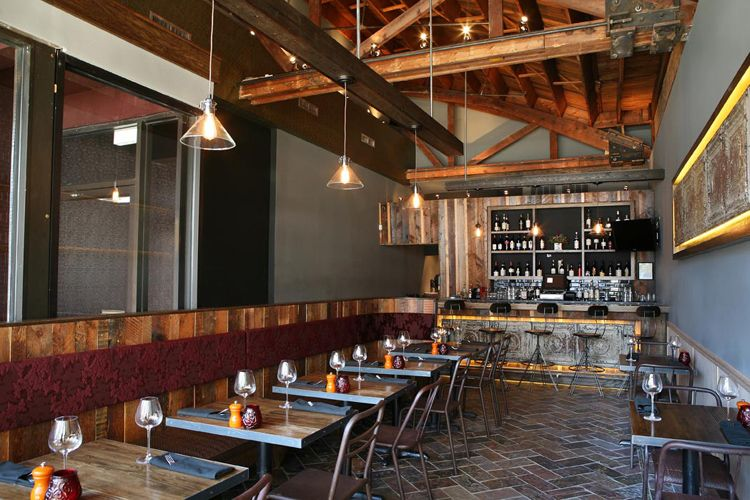 Modern Rustic Interior Design For Restaurant