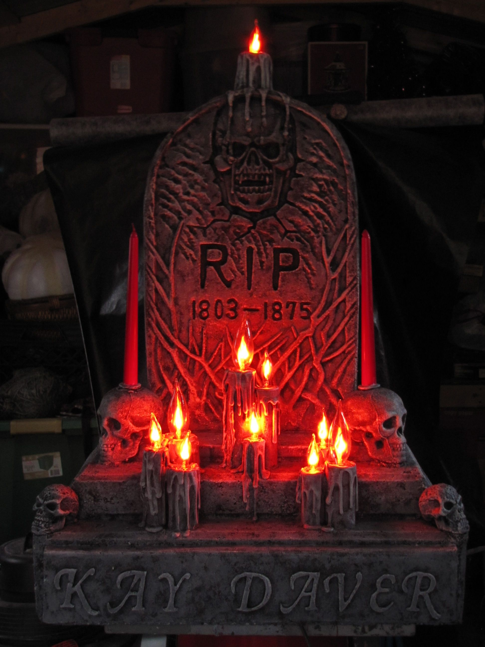 DIY RIP Tombstone made using a string of flickerlights