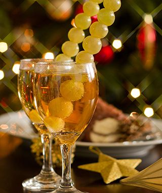 New Year s Traditions  12 grapes for 12 months of good luck   served     World s Strangest New Years Traditions  Spain  Spain At midnight on New  Year s Eve  it s customary in Spain to quickly eat 12 grapes  or uvas    one  at each