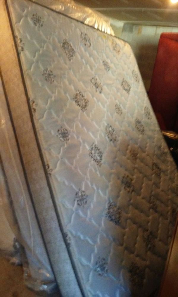 Queen Mattress Set In Concord Nc S For 100