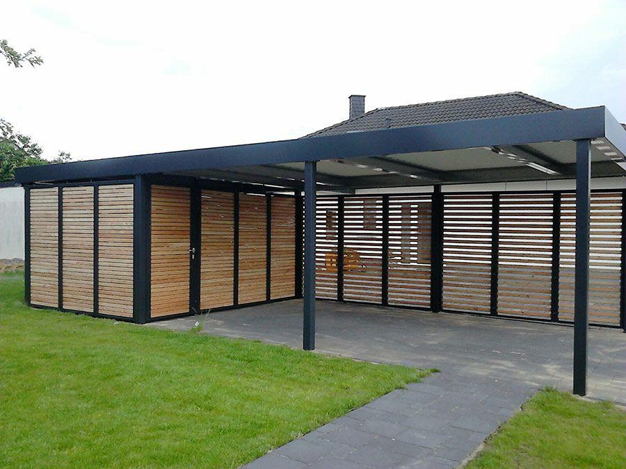 Carport mit Geräteraum und Wandelementen aus Holz
