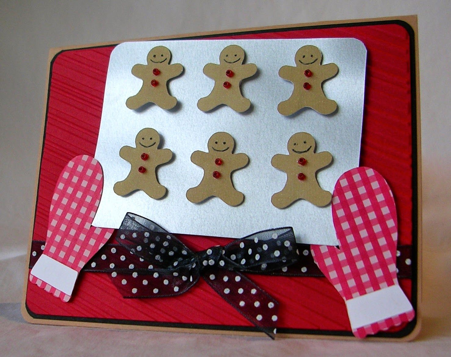 Such a cute way to do gingerbread! Made by Pam of From My